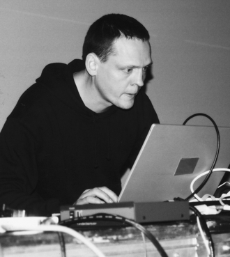Alva Noto - Nicolai as Noto, playing live at MUTEK 2004