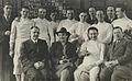 Razglednica Rudolfa Cvetka s svojimi naraščajniki.jpg
