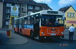 Recklinghausen-MAN-SG220-Bus-2609.jpg