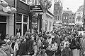 Roald Dahl signeert boeken in de Kinderboekenwinkel in Amsterdam lange rij wach, Bestanddeelnr 934-3368.jpg