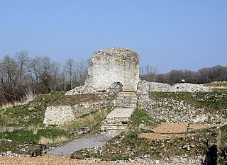 Clarendon Palace Medieval castle ruins