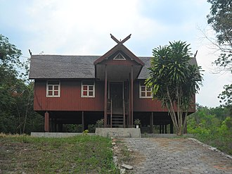 Ma'anyan people - Rumah Betang, a traditional Ma'anyan house in Muara Bagok, East Barito Regency, Central Kalimantan.