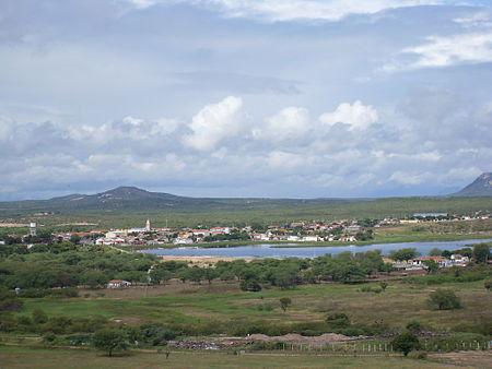 Imagem de São Fernando visto pelo Monte Pascoal,em Junho de 2010.