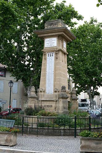 Saint-Cannat - Image: Saint Cannat 20110618 35