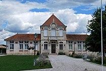 Saint-Genès-de-Fronsac Mairie.JPG
