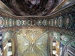 San vitale, ravenna, int., presbiterio, mosaici volta e arcone 02.JPG