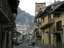 Uno scorcio del centro storico del borgo.