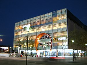Saturn (store) - Saturn store in Hamburg at night