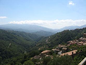 Scigliano - Valle del Savuto, looking out over Scigliano