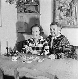Aud Schønemann - Aud Schønemann with her husband Jan Pande-Rolfsen, 1970