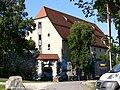 Schloss Hellenstein Fruchtkasten.jpg