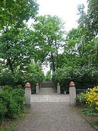 Schuhsteruspark Berlin 1c.jpg