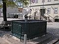 Schwanenbrunnen Langewiesen.jpg