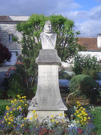 Agrippa d'Aubigné - Bust of Théodore Agrippa d'Aubigné in Pons