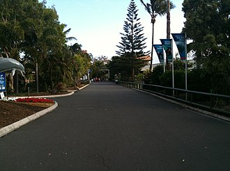 Sea World (Australia) - The main pathway through Sea World Australia.