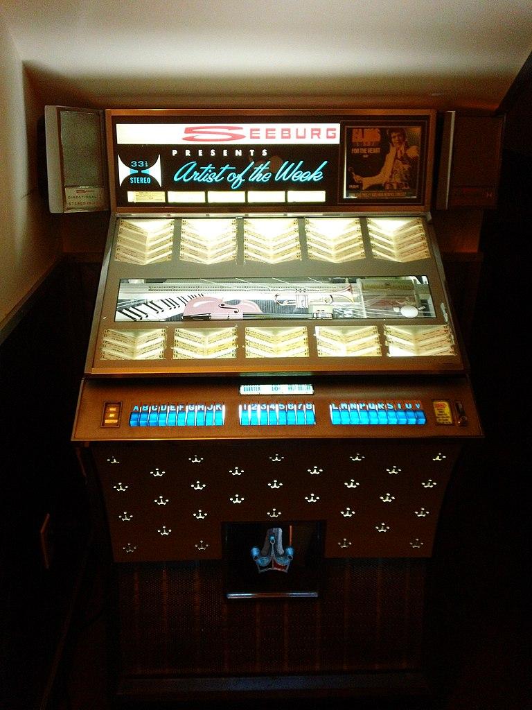 File:Seeburg Jukebox 1-1, Bowery Diner, NYC.jpg ...