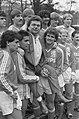 Selectie Nederlands elftal in Zeist spelers met Andre Hazes, Bestanddeelnr 934-2138.jpg