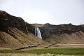 Seljalandsfoss (13937304176).jpg