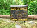 Sendero Los Quetzales Sign jquarns.jpg