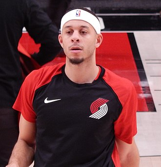 Seth Curry - Curry playing for Portland in 2019