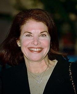 Sherry Lansing 2002.jpg