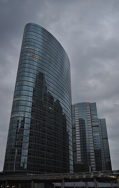 File:Shinagawa 品川駅 港南口前 - panoramio.jpg