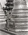 Shwedagon Pagoda (BOND 0284).jpg