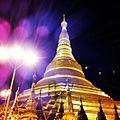 Shwedagon in Yangon.jpg
