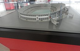 Side view of the old Estádio da Luz model.JPG