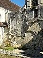 Soissons (02), abbaye Saint-Jean-des-Vignes, ruine du bâtiment des cuisines, détail.jpg