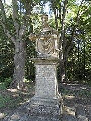 Sousoší Piety pod zámkem Zelená Hora - socha Panny Marie Bolestné