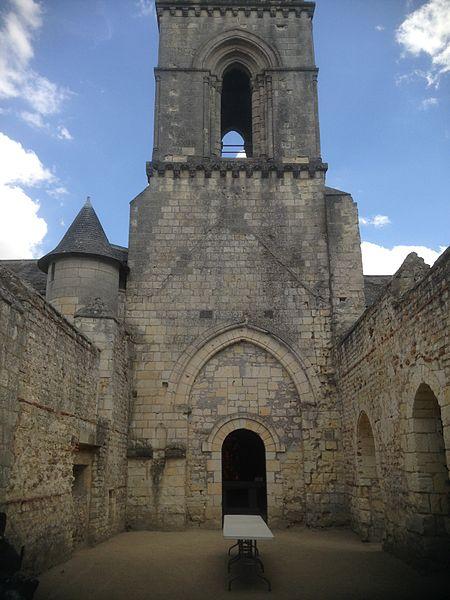 Église Saint-Eusèbe à Gennes en Maine-et-Loire (France).