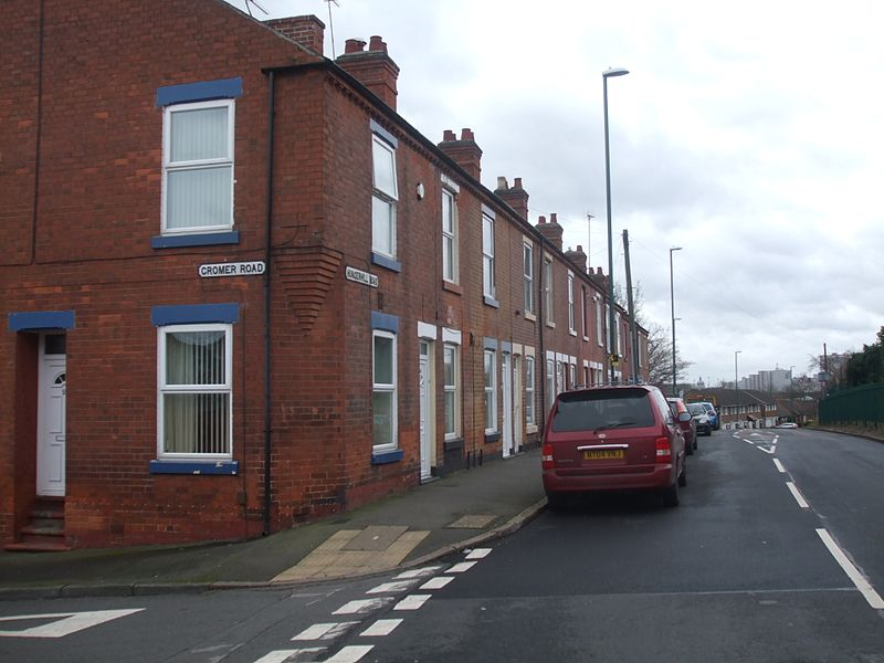 File:St Ann's Hungerhill Road Cromer 6435.JPG