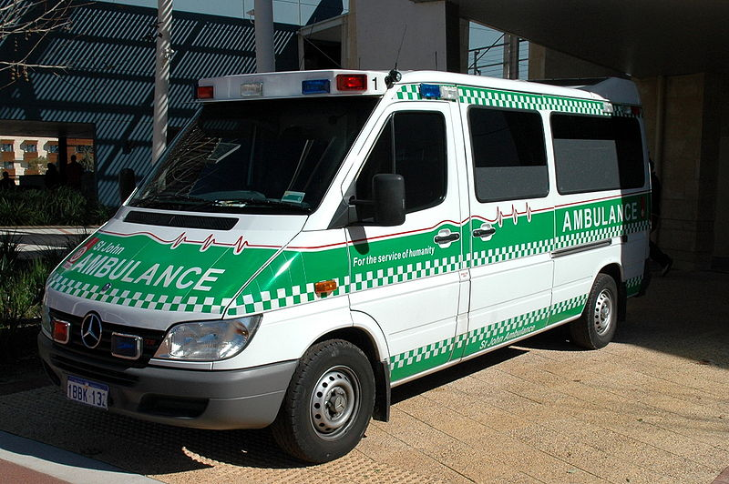 http://upload.wikimedia.org/wikipedia/commons/thumb/0/01/St_John_Ambulance_Perth.jpg/800px-St_John_Ambulance_Perth.jpg