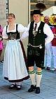 Stadtgruendungsfest munich 2013 Paar in Tracht beim TAnz.JPG
