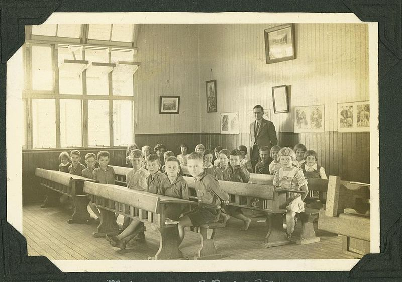 File:StateLibQld 2 242312 Teacher and students in a primary classroom in Ayr possibly Ayr State School, 1937.jpg