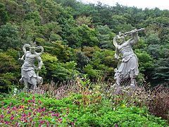 Statues of a Deva king-Golgulsa-Gyeongju-Korea-01.jpg