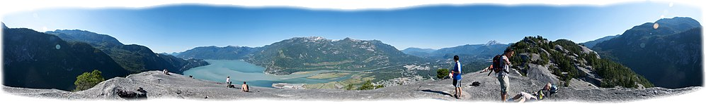 Stawamish Chief panorama 02.jpg