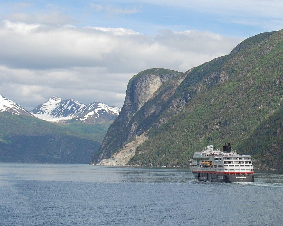 Sunnylvsfjord MS-Midnatsol