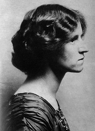 Susan Sutherland Isaacs - Susan Isaacs, 1910s