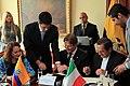 Suscripción del Acuerdo de Canje de Deuda por Ambiente con Italia. (7352688484).jpg