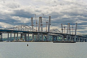 New Tappan Zee Bridge - Image: Tappan Zee bridges old and new Spring 2017
