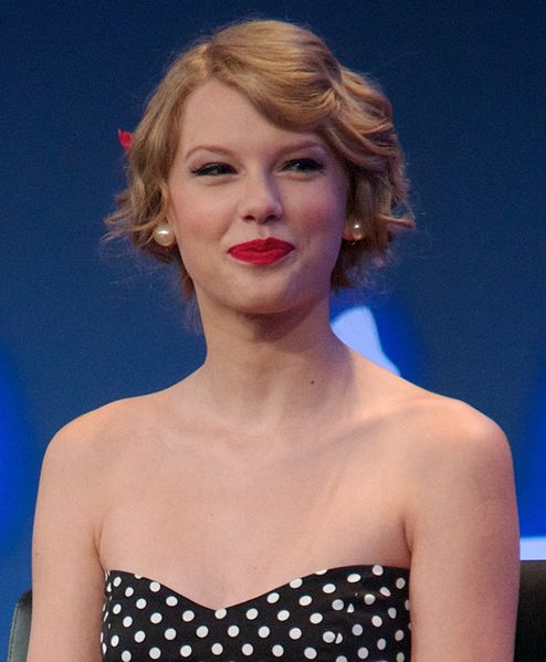 File:Taylor Swift 3, 2011.jpg