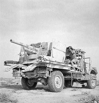 Portee - Six-pounder en portee in 1942