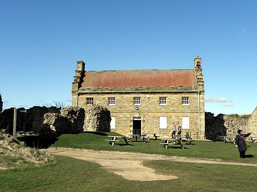 The Master Gunner's House, Scarborough Castle - geograph.org.uk - 1778227