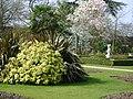 The Walled Garden at Sunbury - panoramio.jpg