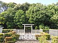 Tomb of Prince Kume.jpg