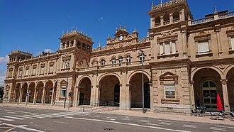 Rail transport in Spain - Image: Train station, Zamora (Spain)