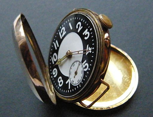 Trench watch 1916 gold