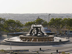 Triton fountain Valletta.jpg